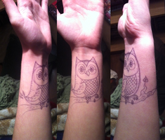 Drawing on myself 2 - Owl! by Puzzlr
