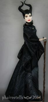Maleficent custom repaint by phairee004