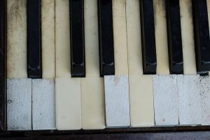 289 - piano close up by lonesome-stock