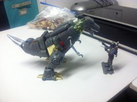 Grimlock Vs. Jango Fett by darthraner83