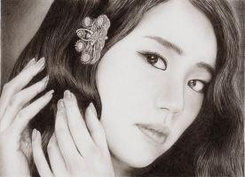 Yoon Eun Hye by alienmaskedcreature