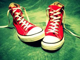 Red Converse by Juandii