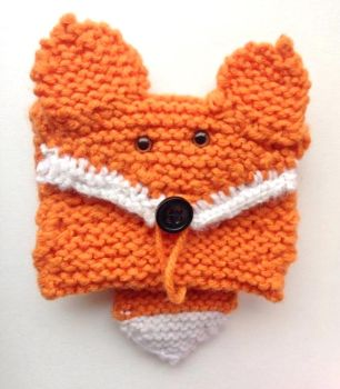 Knitted Fox card wallet. by AlexOstacchini