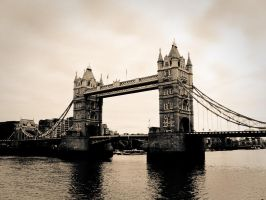 tower bridge by unravel-the-sky