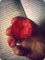 sweet_strawberry_12-06-12 by Lily-feb97