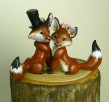 Fox wedding cake toppers by Shalladdrin