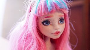 Monster High Roshelle OOAK by Callisto-secondary