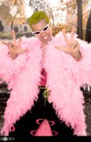 DoFlamingo Cosplay 2 by Taichia-Photo