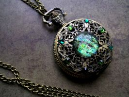 Peridot Emerald Dreamdrop Pocket Watch by LadyPirotessa