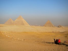 View of the Pyramids by niksi13