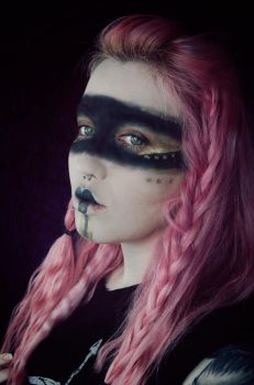 The Huntress - Makeup Experiment by AshleeHawksworth
