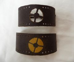TF2 Leather Bracelets by leighanief