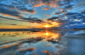 Sunset Reflections by daniellepowell82