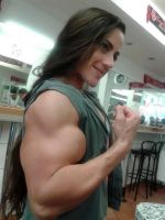 Guluzar huge biceps by Turbo99