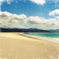 Whitehaven Beach, Whitsundays by globetrotter85