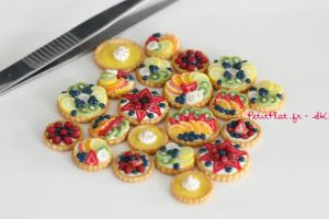 Just a Bunch of Miniature Fruit Tarts by PetitPlat