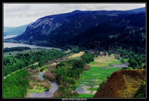 Columbia River Gorge by cbrfreak