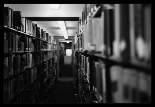 Tunnel.of.Knowledge by DaGiff7