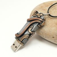 Steampunk USB Flashdrive by DesertRubble