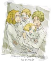 APH_Dysfunctional Family by leriko