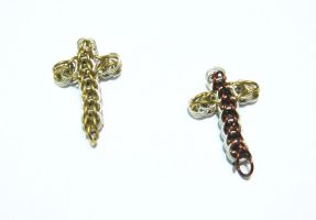 Chainmail Cross Pendants by Tannalein