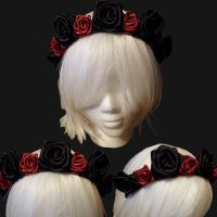 Black and Red Rose Crown (W.I.P) by LunatheRibboner