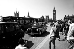 London Is A Busy City by oO-Rein-Oo