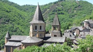 Conques 3 by ibeliveicanfly