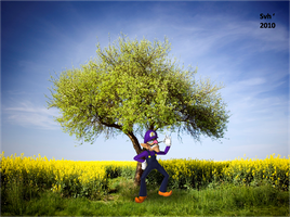 Waluigi with his tree by Sintonio