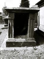 Open tomb by spiderkazz