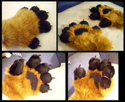 Red Fox Handpaws by CuriousCreatures