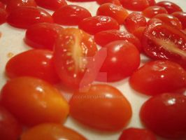 Grape Tomatoes by ztodden