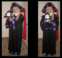 Frollo and mini Frollo by ChristineFrollophile
