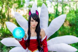 Ahri by Masamune by moonxfarron