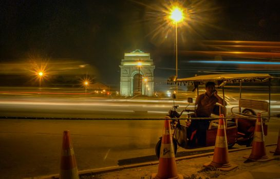 India 2012 ~ The Apocalypse is Now! by smilingsun08