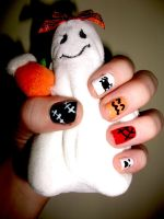 Halloween Nails by RoxysSlushPuppie