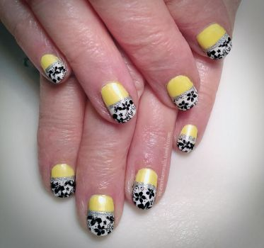 20150307 - Yellow with White and Black Stamping by m-everhamnails