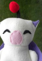 Moogle Plushie by Lyseebell