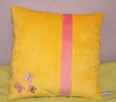 Fluttershy Theme Cushion by LiChiba