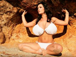 Denise Milani BE 10 by danibeam