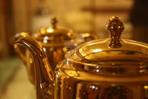 solid gold tea things :D by magicaldiva