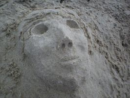 Face In The Sand View 2 by shiroi-tategami