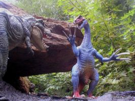 Therizinosaurus stands it's ground. by Carnosaur