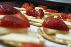 Strawberry Heart Crackers by Erin1392