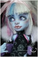 Hailey Snow MH Abbey repaint 2 by kamarza