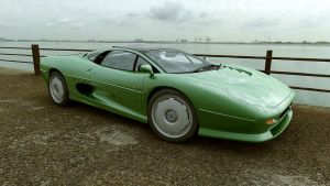 1993 Jaguar XJ220 by melkorius
