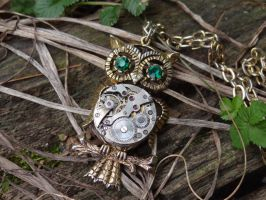 Steampunk owl necklace III by Hiddendemon-666