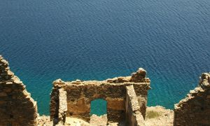 The gate by Nile-Paparazzi