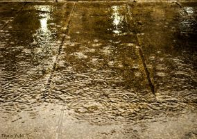 raindrops on the floor by Yukilefay