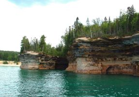 Pictured Rocks 005 by BillReinhold
